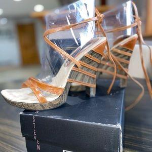 Steve Madden Wisper Cognac Leather Sandals